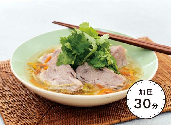 豚ロース肉のアジアン煮込み